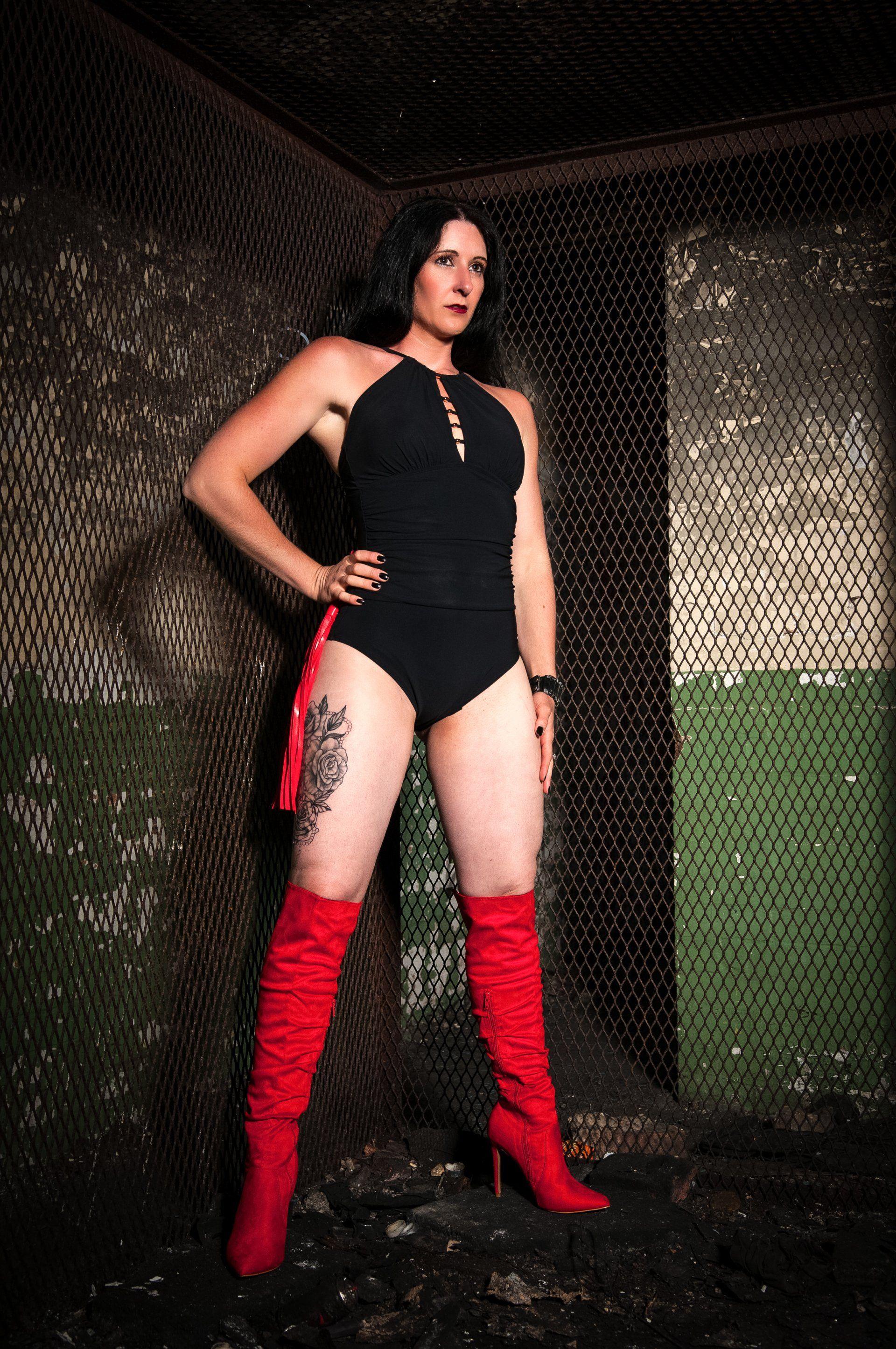 Mistress Femme Fatale Portsmouth - Foot Fetish -7324