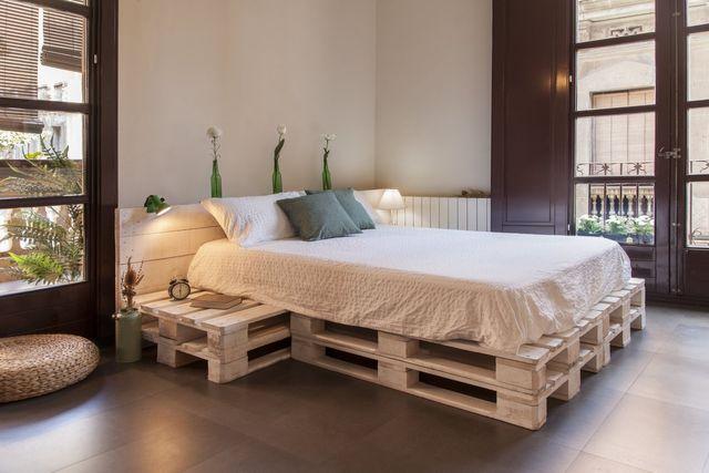 Cama palets 99 comprar camas hechas con palets comprar somier palets camas de palets reciclados - Hacer una cama con palets ...