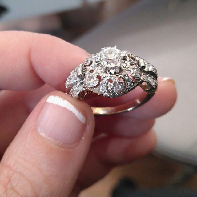 52ce4ea5a418 Gwels Joyería compra venta de diamantes. tasacion-joyas-antiguas-barcelona