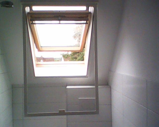 einfach aufklappen -Fenster öffnen oder schließen
