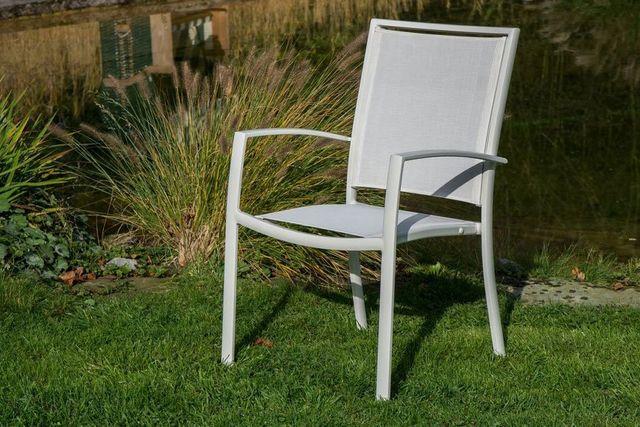 gartenm bel set g nstig gut aus aluminium individuell. Black Bedroom Furniture Sets. Home Design Ideas