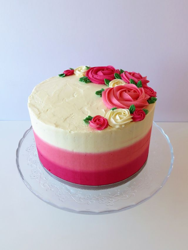 Wondrous Custom Made Cakes Birthday Celebration The Flour Cake Kitchen Kent Personalised Birthday Cards Veneteletsinfo
