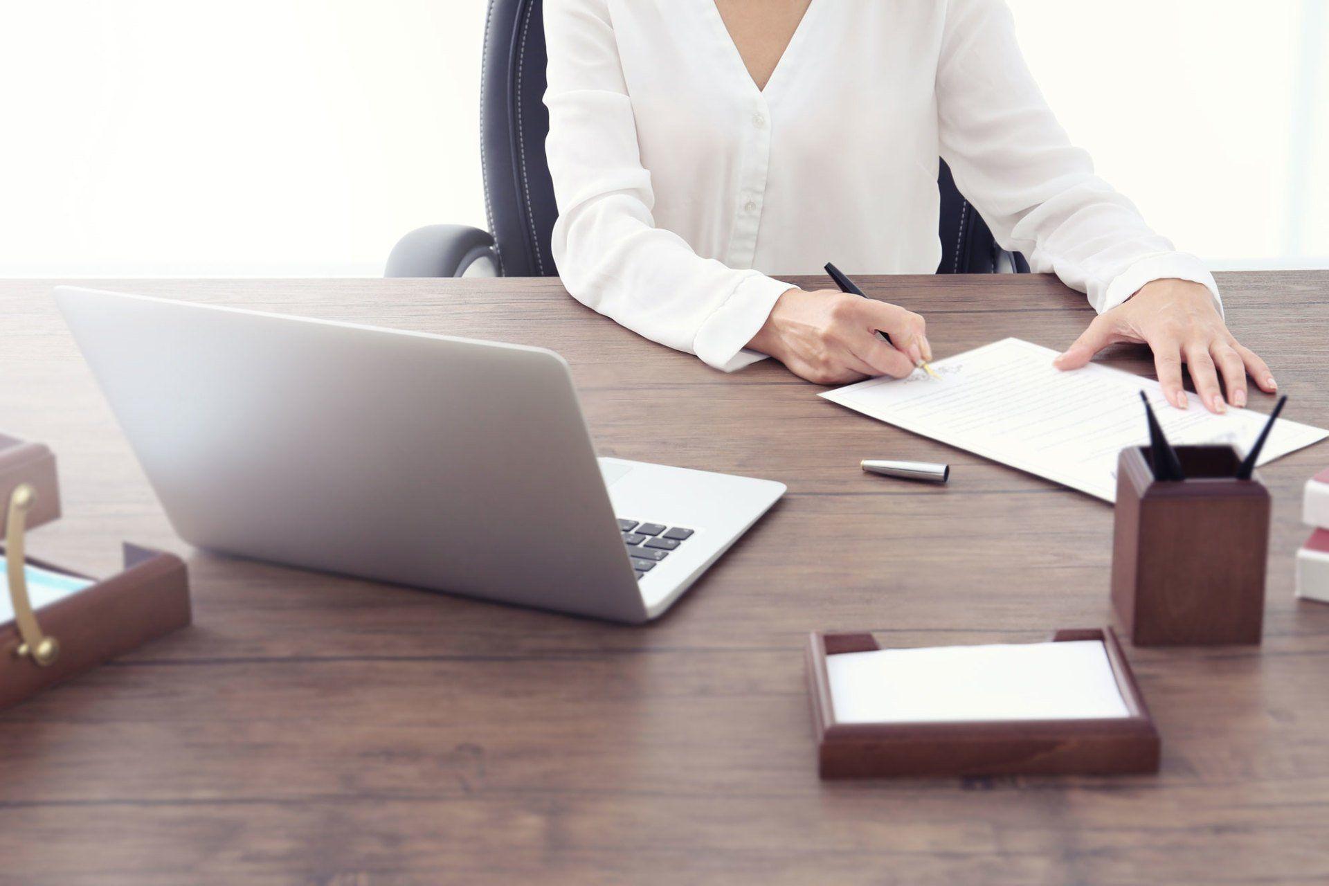 How Financial Advisors Establish Themselves as Industry