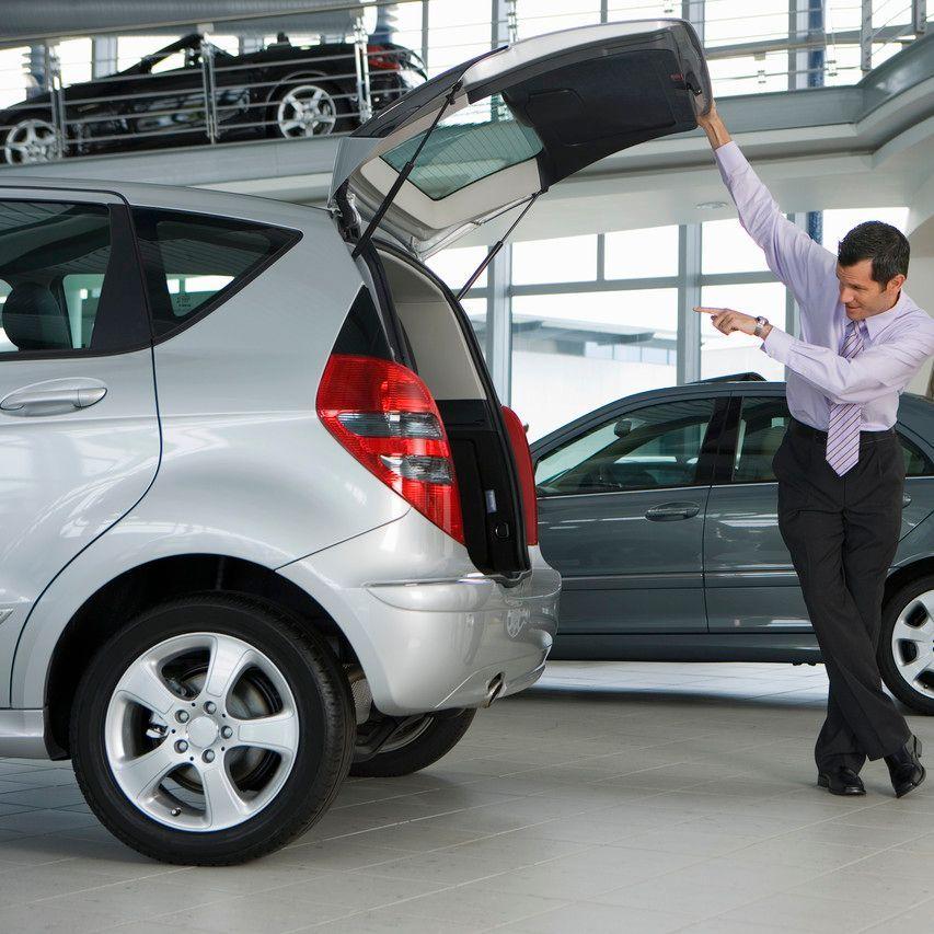 Schutz-für-Autohaus-durch-Versicherung