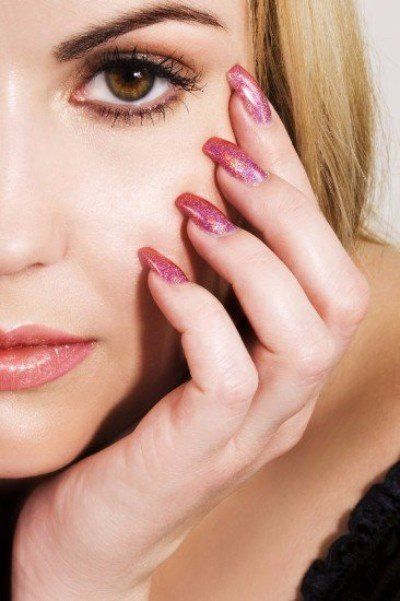 Faux Ongles Que Choisir Entre Gel Ou Résine