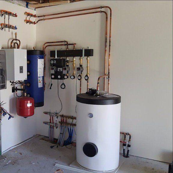 Chauffage central , préparateur eau chaude , chaufferie ,chaudière
