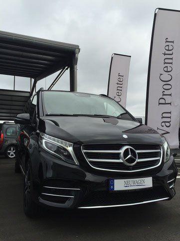 Mercedes V-Klasse mit Vollausstattung und 6 Fahrgastplätze.