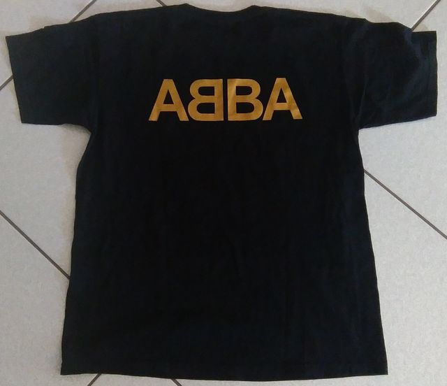 Memorabilia T Shirt Rock Band Pop Rap Original And Signed