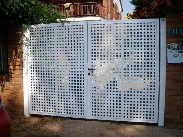 Venta puertas met licas batientes abatibles cerramientos vad a - Puertas metalicas jardin ...
