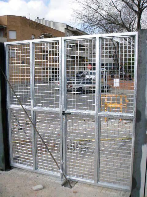 Venta Puertas Metálicas Batientes Abatibles Cerramientos Vadía