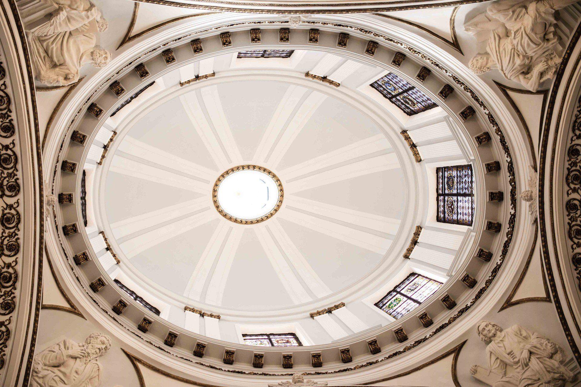 La luz, vital para la arquitectura religiosa